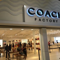 Photo taken at Coach Factory by ▶️@SLI◀️ F. on 7/23/2016