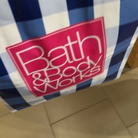 Photo taken at Bath & Body Works by ▶️@SLI◀️ F. on 6/27/2015