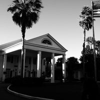 Photo taken at Plantation Inn & Golf Resort by Chuck K. on 10/29/2012