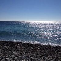 Снимок сделан в Самый южный пляж России пользователем Наташа М. 10/11/2014