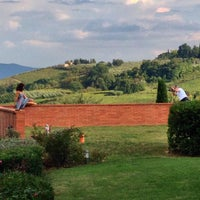 Photo taken at Agriturismo Guardastelle - Sovestro in Poggio Winery by Fausto M. on 10/5/2014
