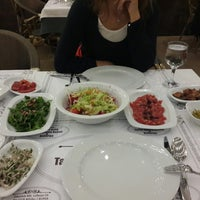 Photo taken at Seyami Usta Tarihi Adana Kebap & Kaburga by Cem K. on 9/19/2014