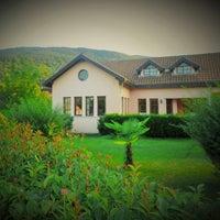 3/25/2015 tarihinde Villa Kırkpınar Apartsziyaretçi tarafından Villa Kırkpınar Aparts'de çekilen fotoğraf