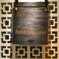 Foto tirada no(a) Bird & Bone por Joey B. em 3/4/2018