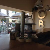 Foto tomada en Lob's Café - Minigolf por Tito C. el 4/13/2014