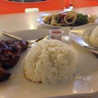 Photo taken at Manila Plaza by Rainheart A. on 4/14/2015