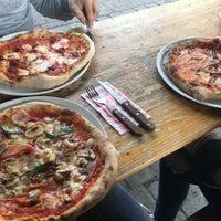Photo prise au La Bottega della Pizza par George B. le5/15/2017