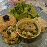 Photo taken at オーガニックキッチン レコッコレ by Michitoshi N. on 3/18/2015