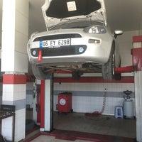 Photo taken at Bergama Fiat Servisi by TC Sezer T. on 8/1/2017