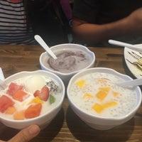 Photo taken at Kulu Dessert by Kare N. on 6/8/2016