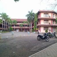 Photo taken at Fakultas Teknik UNTIRTA by Achmad S. on 9/15/2013