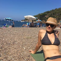Photo taken at Spiaggia Bagnaia by Etela G. on 9/3/2016