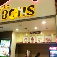 12/12/2013 tarihinde Sinan Ç.ziyaretçi tarafından Choco Bons Waffle'de çekilen fotoğraf
