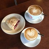 1/1/2013 tarihinde Roger G.ziyaretçi tarafından Espresso Vivace'de çekilen fotoğraf