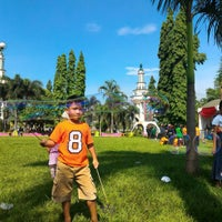 Photo taken at Taman Raflesia (Alun Alun Ciamis) by Eri A. on 12/20/2015