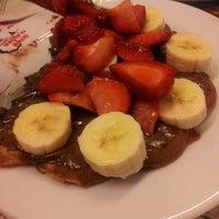 3/8/2014 tarihinde Nihan B.ziyaretçi tarafından Waffle'cı Akın'de çekilen fotoğraf