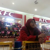 Photo taken at Kid's World by Mohd W. on 12/22/2013