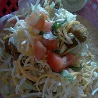 Снимок сделан в Torchy's Tacos пользователем Samantha G. 11/13/2012