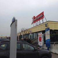 Photo taken at Chef Express - Area di Servizio San Martino Ovest by Vincenzo C. on 12/14/2014