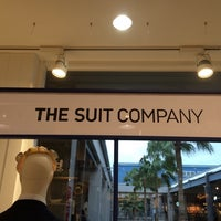 Photo taken at THE SUIT COMPANY SPA OUTLET マリノアシティ福岡 by akst 2. on 10/5/2014