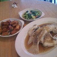 Photo taken at Restoran Simbayan (Kg kibabaig) by Xue on 12/19/2012