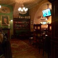 Снимок сделан в Tap&Barrel Pub пользователем Roman F. 1/3/2015