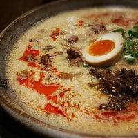 Photo taken at 越後秘蔵麺 無尽蔵 しながわ家 by Elessar T. on 12/21/2012