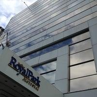 Foto tomada en Hotel NH Bogotá Metrotel Royal por Camilo T. el 9/27/2012