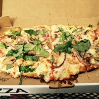 Foto tirada no(a) DC Pizza por Stephanie B. em 10/31/2014