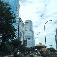Foto diambil di Jalan Tol Dalam Kota oleh reza setiawan ر. pada 12/28/2016