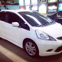 Photo taken at Honda Jakarta Center (PT Imora Motor) by Julia J. on 12/11/2013