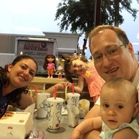 Photo taken at Burger King by Reinaldo L. on 5/2/2014