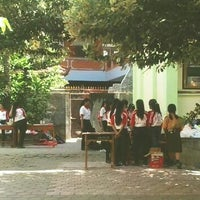 Photo taken at SMPN 2 Denpasar by Amien D. on 10/13/2013