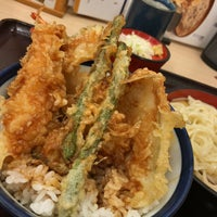 Photo taken at 天丼てんや 新津田沼店 by みーふー on 5/9/2017