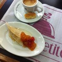 Foto tirada no(a) Sevan Gastronomia Árabe e Armênia por Guilherme A. em 1/22/2014