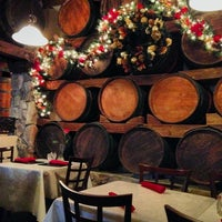 Photo taken at Bravo Italian Restaurant by Matthew K. on 12/21/2013