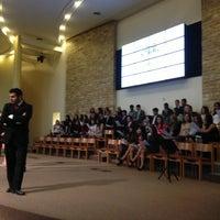 Foto scattata a Iglesia de la Universidad Adventista del Plata da Roly R. il 10/4/2014