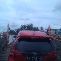 Photo taken at Fery Penyeberangan Mitra Kukar by Reno 0. on 12/5/2013