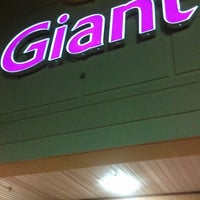 Photo taken at Giant by King👑💵 on 10/18/2012