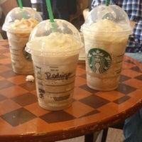 Photo taken at Starbucks by Rodrigo F. on 8/31/2012