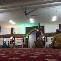 Photo taken at Masjid Kuarters KLIA by Saiful U. on 8/8/2016