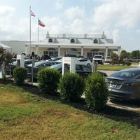 Photo taken at Tesla Supercharger by Lauren on 9/10/2013