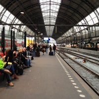 Photo taken at Spoor 13 by BJ Y. S. on 10/29/2012