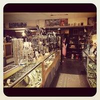 Photo taken at Vintage Underground by Fuzzy L. on 12/18/2012