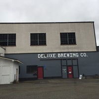Photo taken at Deluxe Brewing Company by Lee D. on 2/11/2018