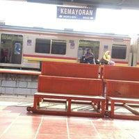 Photo taken at Stasiun Kemayoran by babehzz on 11/21/2014