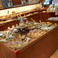 Photo taken at Boulangerie a volonte by Mardi on 12/7/2013