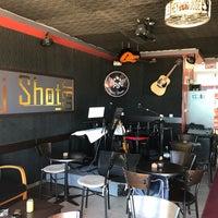 10/9/2017 tarihinde pasaj shot barziyaretçi tarafından Pasaj Shot Bar'de çekilen fotoğraf