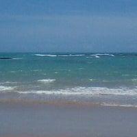 Foto tirada no(a) Praia de Guaxuma por Mariana C. em 12/27/2012