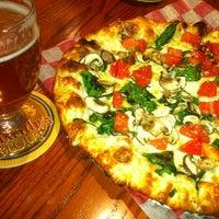 Das Foto wurde bei Sly Fox Brewing Company von Todd P. am 10/12/2012 aufgenommen
